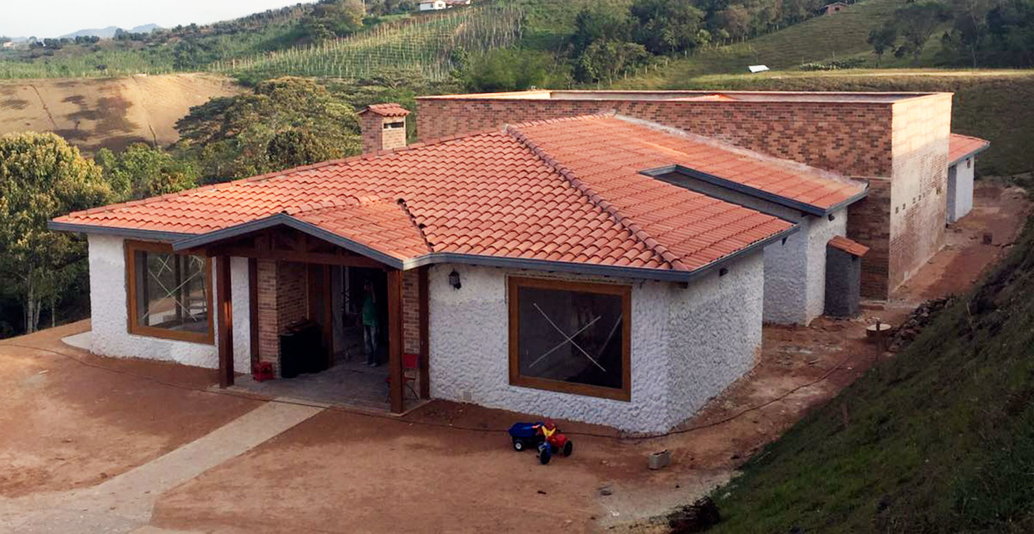 Casas prefabricadas en medellin bogota y villavicencio for Casas de jardin prefabricadas
